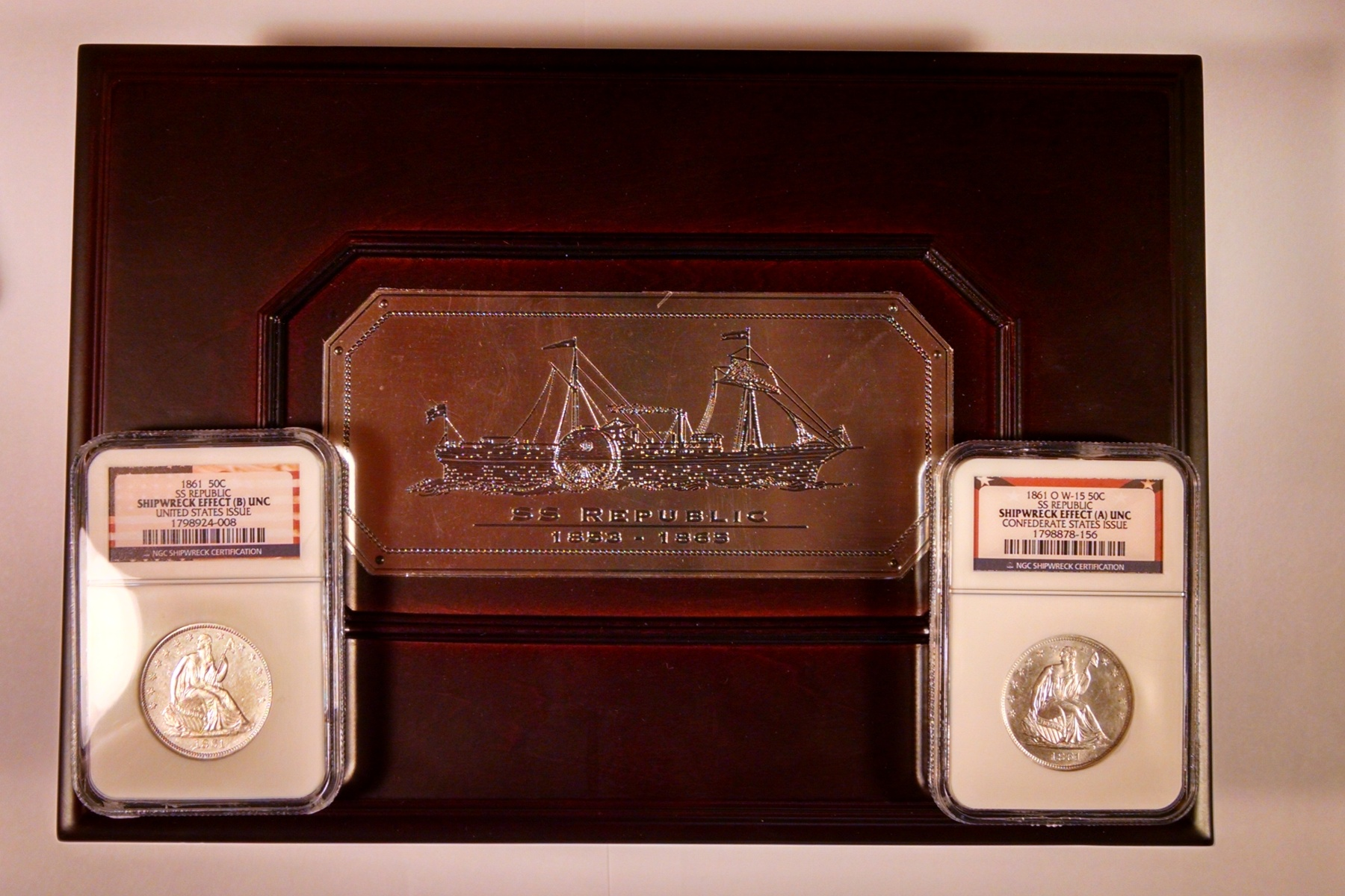 1861 USA & 1861-O CSA Seated Half SS Republic NGC Shipwreck Effect UNC Details